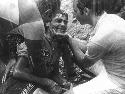 Luis Ocaña, tras su caída en el col de Menté en 1971.