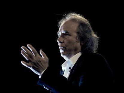 El cantautor catalán Joan Manuel Serrat, en la presentación de 'Antología Desordenada' en Madrid.