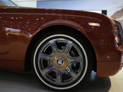 Un modelo de la marca de coches de lujo Rolls-Royce