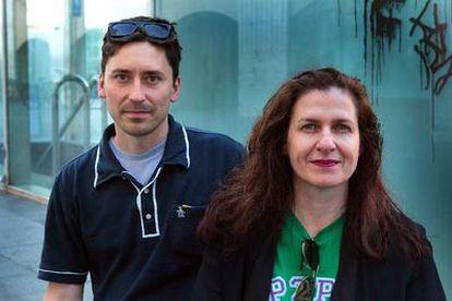 Delia Browne y Philipp Schmidt, de la P2PU.