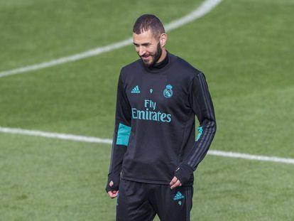 Karim Benzema en el último entrenamiento previo al partido contra el Eibar.