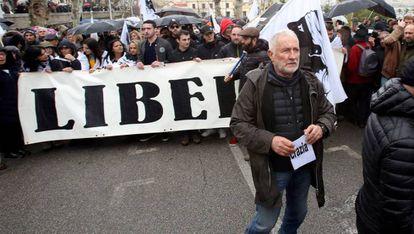 Charles Pieri participa en una manifestación en la ciudad corsa de Ajaccio a principios de febrero.