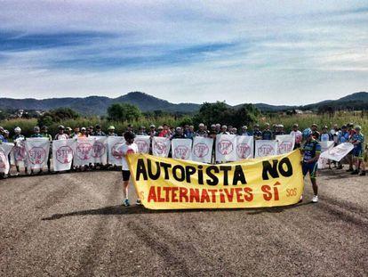 Manifestación contra las obras de la autopista