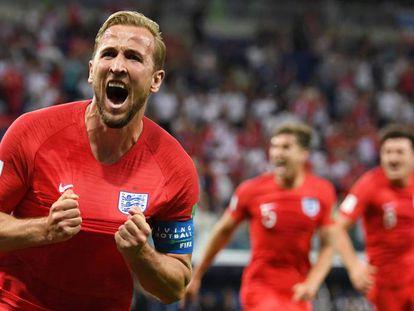 Kane festeja su segundo tanto a Túnez.