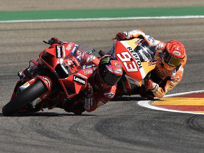 Bagnaia y Márquez, en acción, durante el GP de Aragón.