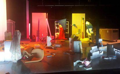 Así queda el escenario al final de la 'performance'.