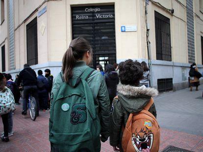 Entrada al colegio Reina Victoria, en Madrid, el pasado 9 de marzo.