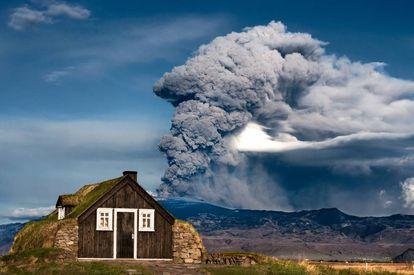 Erupción del volcán Eyjafjallajökull, en Islandia, en 2020.