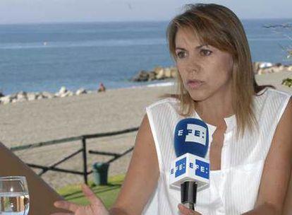 María Dolores de Cospedal, durante la entrevista que grabó ayer en Marbella.