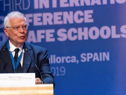 Josep Borrel en la conferencia sobre escuelas seguras, en Palma de Mallorca.