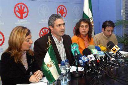 Los andalucistas Mercedes Gil (izquierda), Pédro Pérez, María José Lanzat y Pablo Núñez, ayer en Marbella.