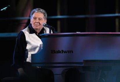 """Jerry Lee Lewis durante una actuación en el Madison Square Garden en 2009. El músico tiene actualmente """"abierta la contratación""""."""
