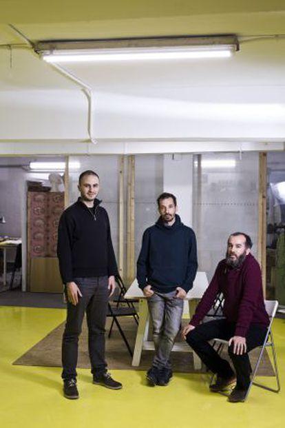 Miguel Arana, Carlos Barragan y Yago Bermejo, creadores de Laboratorio Democratico.