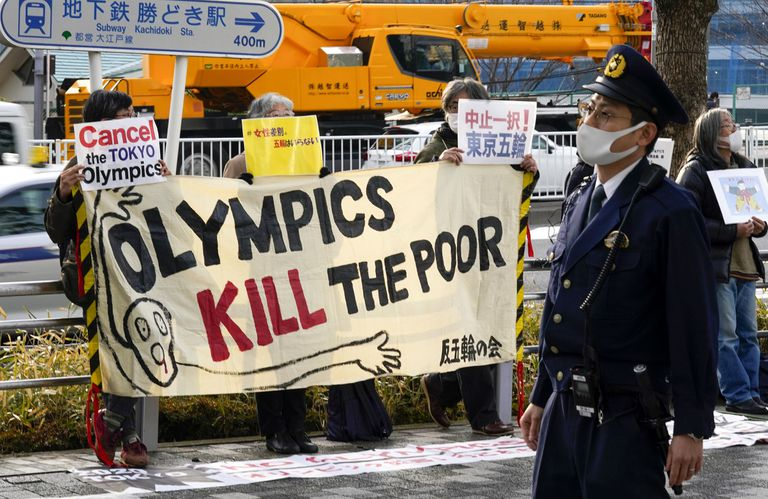 Protestas en las calles de Tokio contra la celebración los Juegos Olímpicos.