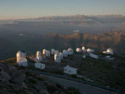 Un telescopio chileno confirma que la misteriosa energía oscura compone la mayor parte del cosmos
