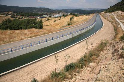 El canal Segarra-Garrigues cerca de Ponts.