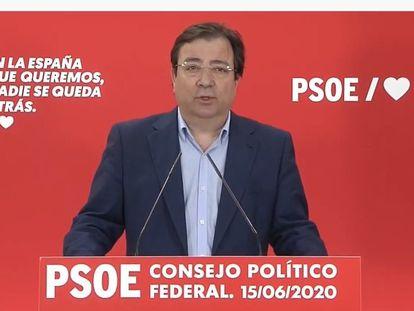 El presidente extremeño, Guillermo Fernández Vara, tras el Consejo Político Territorial del PSOE.