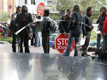 Protesta contra un desahucio en Ciutat Meridiana, en diciembre pasado.