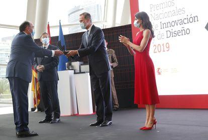 El presidente y consejero delegado de Iberdrola, Ignacio Sánchez Galán, recibe de los Reyes el Premio Nacional de Innovación en la modalidad de Trayectoria Innovadora, esta tarde, en Valencia.