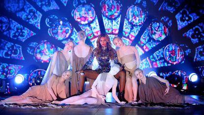Beyoncé en la gala de los MTV Video Music Awards de 2014.