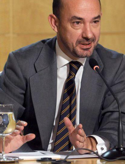 El vicealcalde, Miguel Ángel Villanueva, en la rueda de prensa.