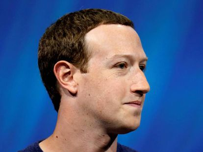 El fundador y director general de Facebook, Mark Zuckerberg, durante una comparecencia en París.