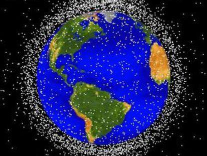 Simulación generada por ordenador de la nube de basura espacial alrededor de la Tierra en órbita baja.