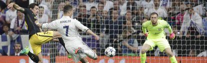 Cristiano, en su segundo gol en la ida de semifinales.