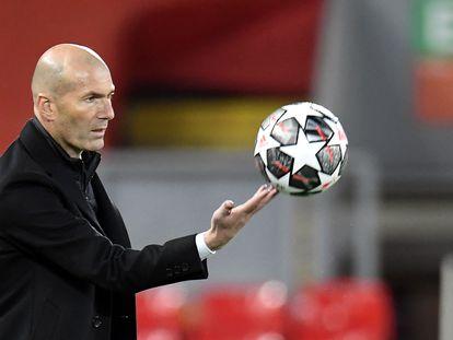 Zidane, en la vuelta de cuartos de Champions contra el Liverpool.
