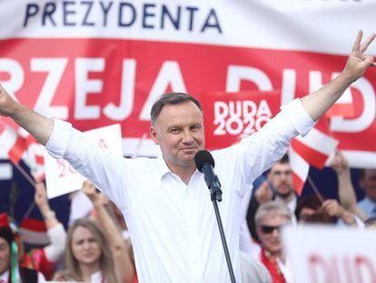 El presidente Andrzej Duda durante un acto de campaña en Olkusz (Polonia) este jueves.
