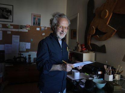 Fernando Colomo, este miércoles en su casa en Madrid.