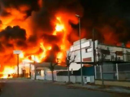Incendio en Montornès del Vallès (Barcelona).