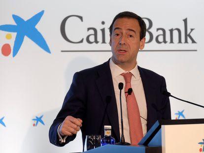 El consejero delegado de CaixaBank, Gonzalo Gortázar, en la presentación de resultados en Valencia en 2018.