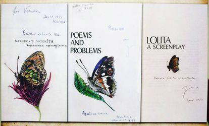 A la derecha, Mariposa imaginaria (Verinia lolita cinemathoides) que Nabokov dibujó en abril de 1974 en su copia del guion de 'Lolita'. Al lado, dibujos de 1971 en otras de sus obras.