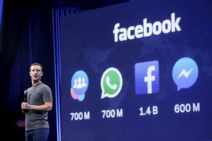 Mark Zuckerberg mostrando cifras de uso del universo Facebook durante la conferencia de desarrolladores F8.