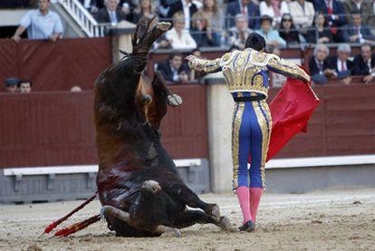 El diestro Miguel Ángel Perera, ayer en la plaza de Las Ventas.