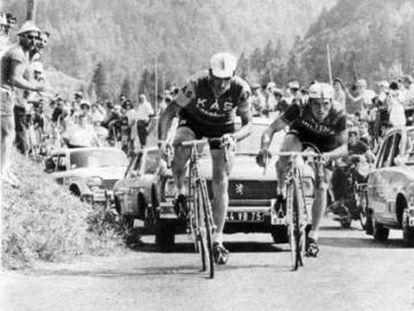 Gandarias, a la izquierda, junto al italiano Dancelli, fugado en el Tour de 1969.