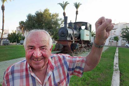 Avelino Pérez, antiguo minero y diputado del PSOE. / PEDRO MARTÍNEZ