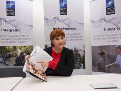 Clare Hutchinson, en los cuarteles generales de la OTAN en Bruselas.