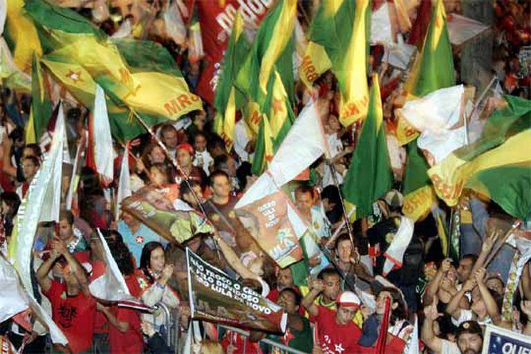 Los partidarios de Lula se concentraron en la avenida Paulista, de São Paulo, para celebrar la victoria.