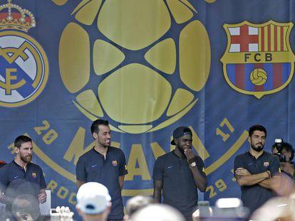 Messi, Busquets, Umtiti, Suárez e Iniesta, en la Casa Clásico de Miami.