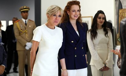 Lalla Salma junto Brigitte Macron, la primera dama francesa, en Rabat en junio de 2017.