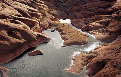 El nivel del agua en mínimos en el lago Powell, en Arizona (EE UU).