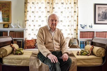 El historiador irlandés Peter Brown en su casa en Princeton, en New Jersey (EEUU), el pasado 29 de abril.