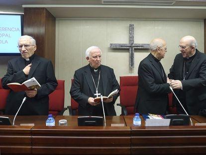 El presidente de la Conferencia Episcopal Española (CEE), Ricardo Blázquez, durante su intervencion en la sesión inaugural de la Asamblea Plenaria de la CEE en Madrid.