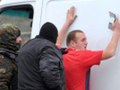 Protagonistas de la revuelta temen un estallido de las tensiones comunitarias