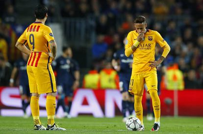 Luis Suárez y Neymar, en el partido ante el Atlético.