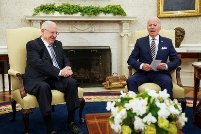Los presidentes de Israel, Reuven Rivlin, y Estados Unidos, Joe Biden, este lunes en la Casa Blanca.