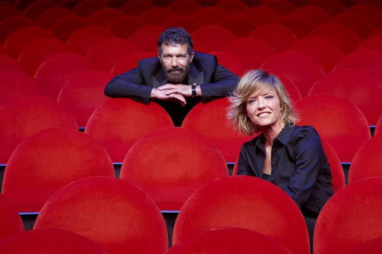 Antonio Banderas y María Casado, responsables de la productora de televisión del Teatro del Soho.