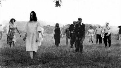 Fotograma de la película de George A. Romero 'La noche de los muertos vivientes'.